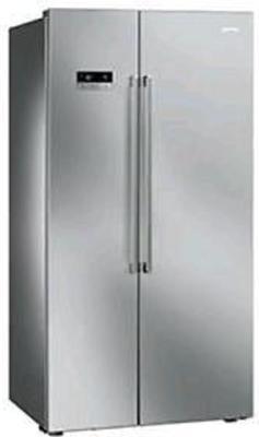 Smeg SBS63XE refrigerator