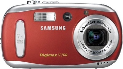 Samsung Digimax V700 digital camera